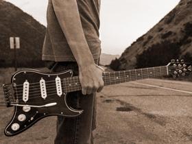 超轻吉他生产商Traveler近期发布的新品有点意思