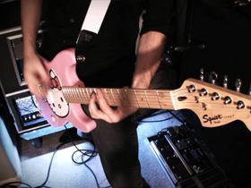 为女孩们制造吉他,是对市场趋势的回应