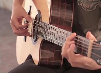 试试这六个使你吉他进步的小技巧!