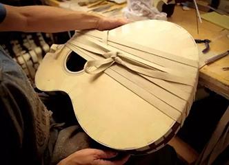 揭开经典OM琴型吉他的秘密