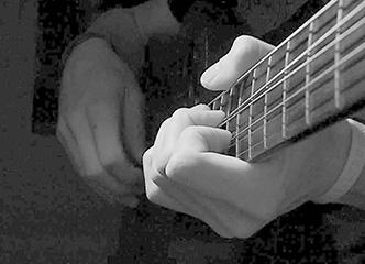 这种疯狂的吉他练习,你能接受吗?