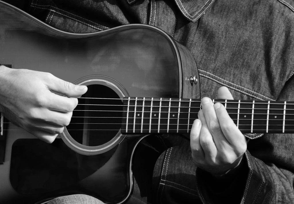 你学吉他的过程,可能从一开始就错了